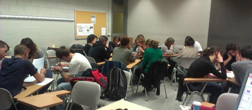 Dinámica de los talleres: reflexión y debate en grupos