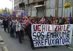 Importante manifestación en contra de la violencia machista en Vitoria