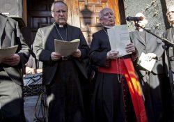 Campaña a favor de las declaraciones homófobas y machistas del arzobispo de Valencia