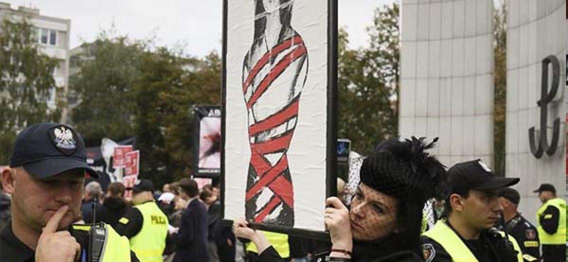 Movilizaciones en Polonia contra la prohibición del derecho al aborto