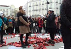 Continúa la huelga de hambre de las 8 feministas en Madrid
