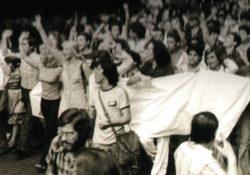 Hace 40 años el primer Orgullo LGBTI marchaba en el Estado Español