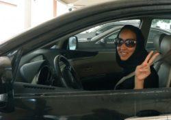 Las mujeres podrán obtener permiso de conducir en Arabia Saudita