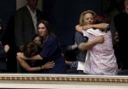 El Partido comunista griego (KKE) se opone a la ley transgénero y defiende la familia heteropatriarcal