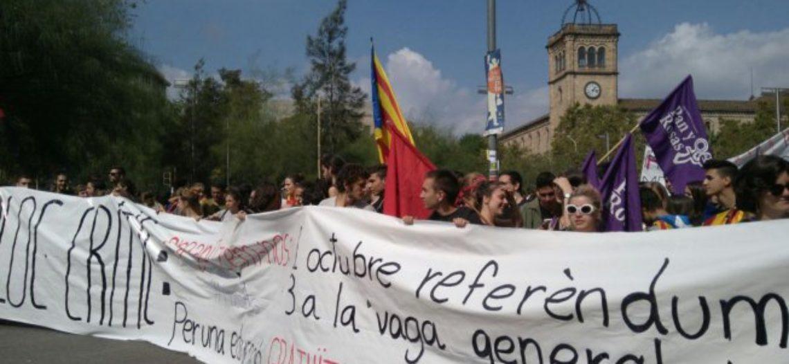 Pan y Rosas por el derecho de autodeterminación del pueblo catalán
