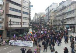 Manifestación feminista de miles en Vigo