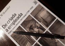 """""""De criada a empleada"""", reseña y críticas marxistas al libro de Ulla Wikander"""