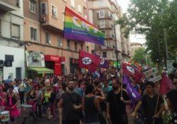 Microentrevistas: ¿Qué dice la juventud que va al Orgullo LGBTI?