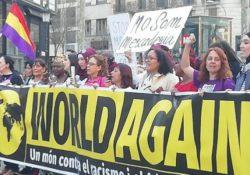 Mujeres migrantes al frente en manifestación contra el racismo y la extrema derecha
