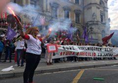 """Huelga de trabajadoras contra el """"negocio con la precarización del cuidado"""" en Bizkaia"""