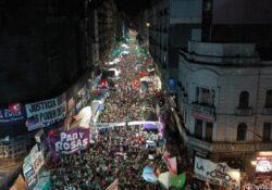 La legalització de l'avortament va obtenir mitja sanció a l'Argentina: ara ho ha de tractar el Senat